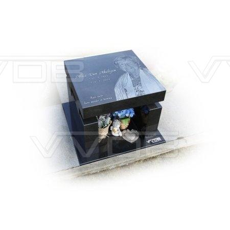 Steenhouwerij en grafzerken VVDB Urnemonumenten Urneveld 211011