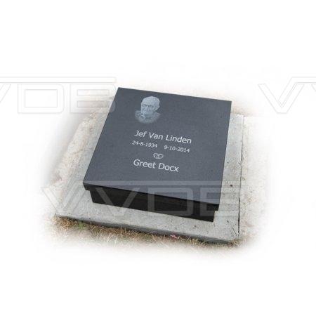Steenhouwerij en grafzerken VVDB Urnemonumenten Urneveld 211012